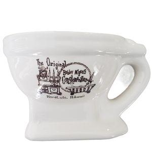 Vintage souvenir toilet bowl mug from Hawaii